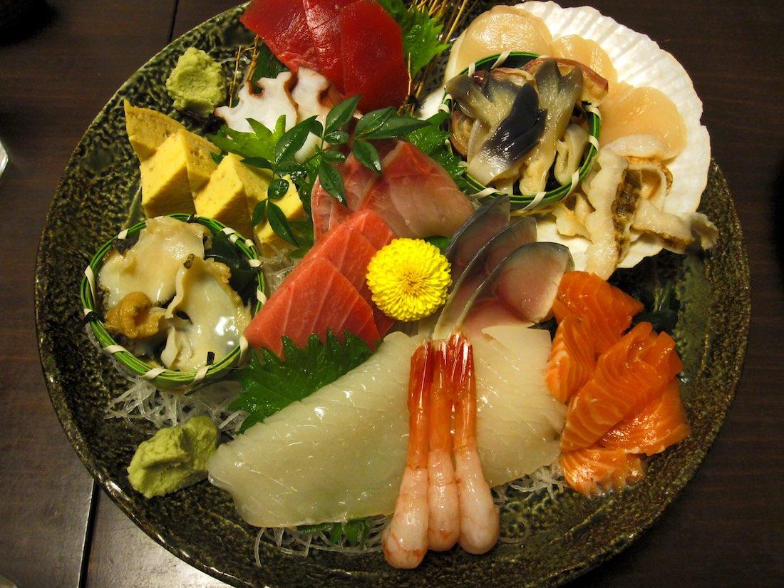 japanese-sashimi-platter